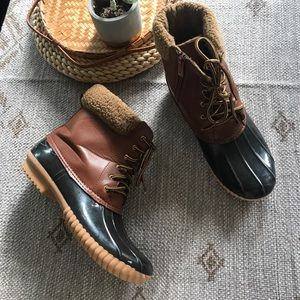 Nature Breeze Brown duck boots size 10